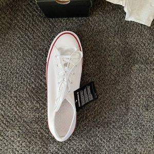 Converse Women's low profile NWT Never Worn